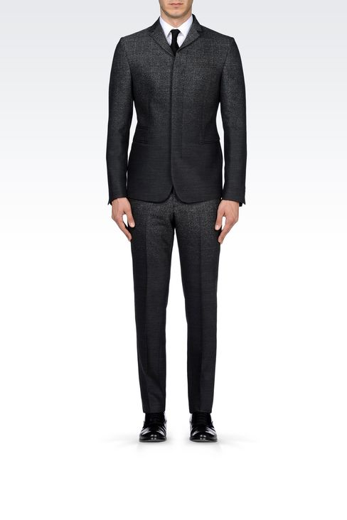 THREE-BUTTON RUNWAY SUIT IN STRETCH JACQUARD WOOL: Four button suits Men by Armani - 2