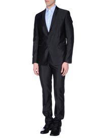 JULIAN KEEN - Suits