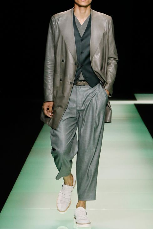 GILET IN WOOL AND SILK: Gilets Men by Armani - 2
