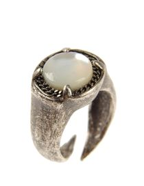 WHITE VALENTINE - Ring