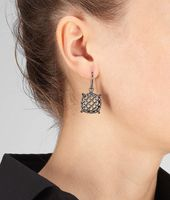 Oxydized Rete Earring