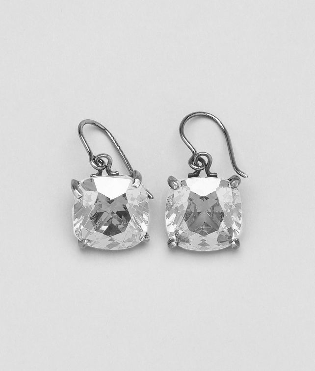 Naturale Oxydized Zircon Earring