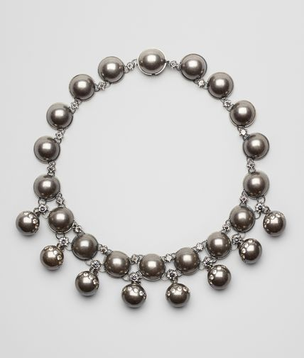 BEIGE GREY SILVER AND STONES NECKLACE