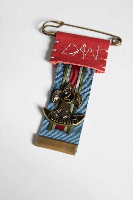 bad scout glamping pin schmuck Herren Dsquared2