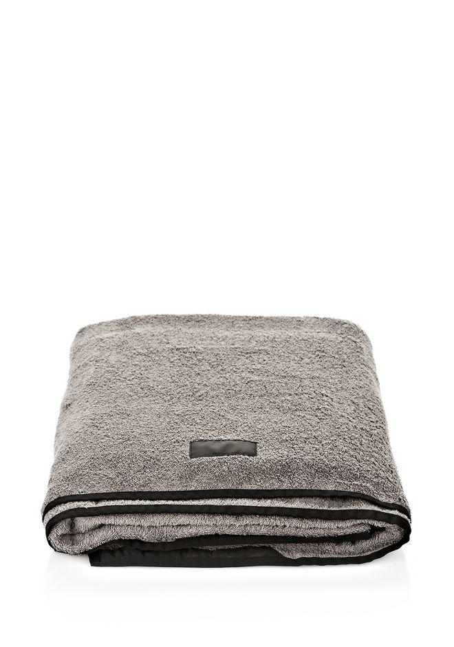 ALEXANDER WANG TOWELWITH  MESH BAG Beach towel Adult 12_n_e