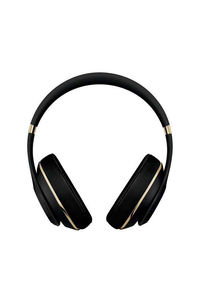 ALEXANDER WANG exclusives BEATS x ALEXANDER WANG STUDIO HEADPHONES