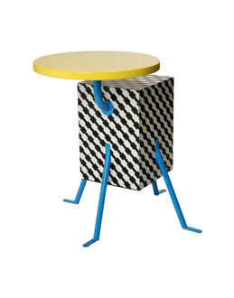 Small Tables - MEMPHIS MILANO EUR 1280.00