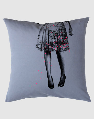 LA CERISE SUR LE GATEAU - Pillow