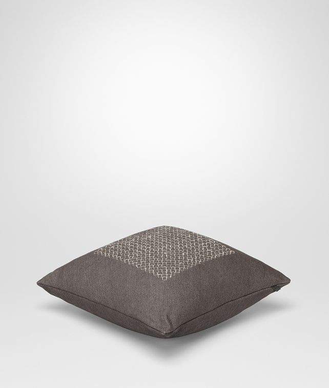 BOTTEGA VENETA Carbone Intrecciato Linen Square Pillow Pillow and blanket E fp