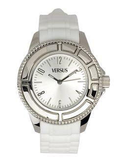 Relojes de pulsera - VERSUS EUR 119.00