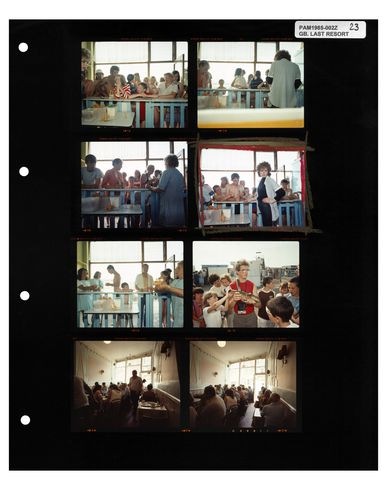 MAGNUM PHOTOS The Last Resort, 1985, Contact Sheet Print Photography prints and posters mixte