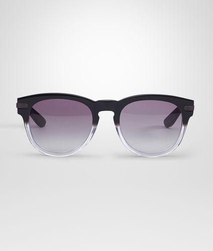 黑灰色眼镜