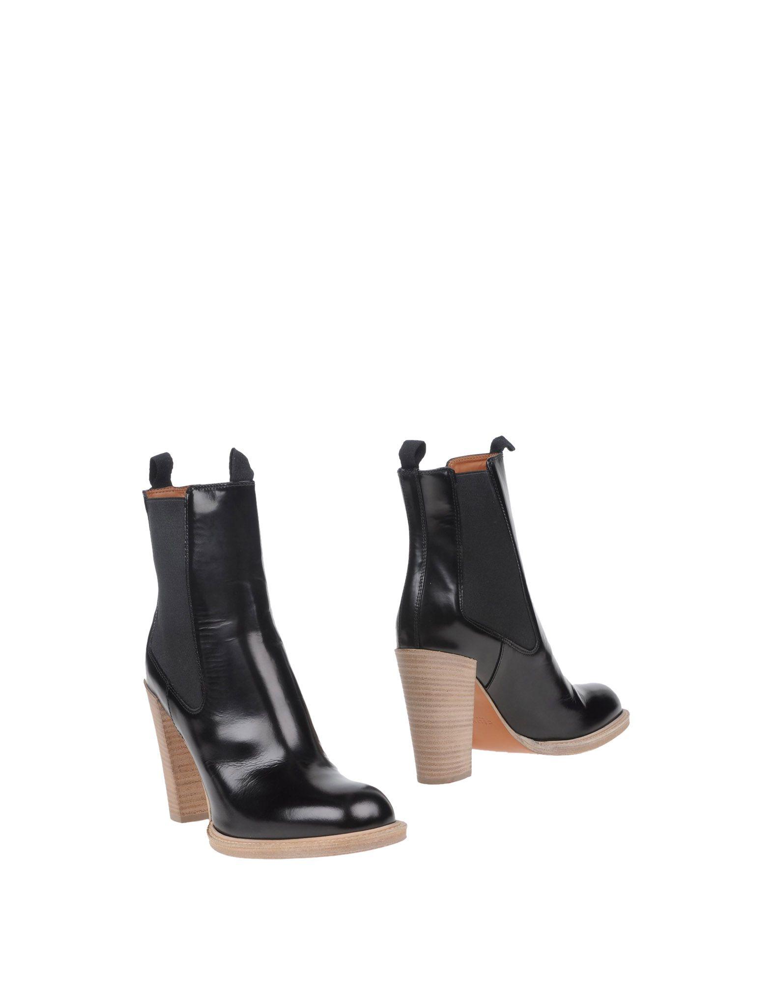 CELINE Полусапоги и высокие ботинки