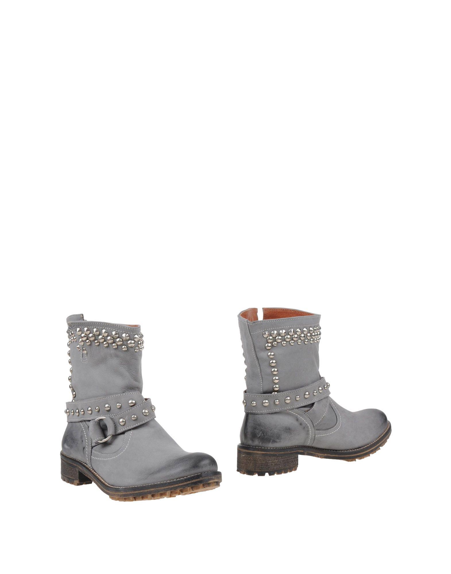 CHIARA FERRAGNI Полусапоги и высокие ботинки слипоны chiara ferragni collection chiara ferragni collection ch056awxbh35