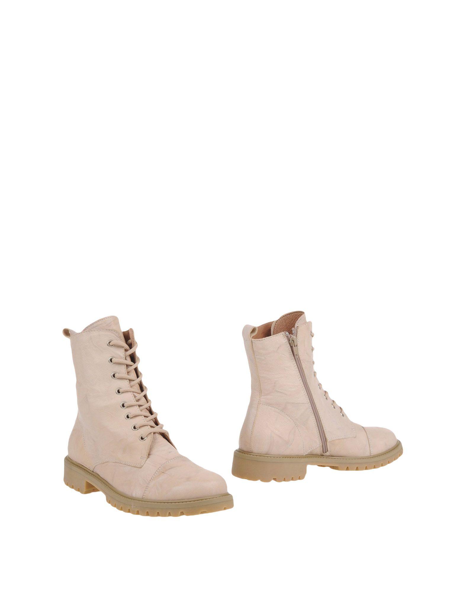 STELE Полусапоги и высокие ботинки цены онлайн