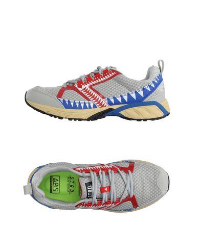 Foto STRD by VOLTA FOOTWEAR Sneakers & Tennis shoes basse uomo
