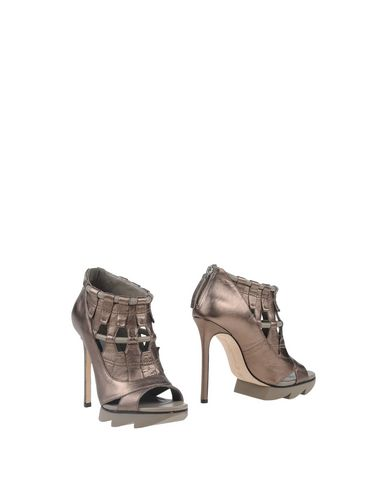 Foto CAMILLA SKOVGAARD Ankle boot donna Ankle boots