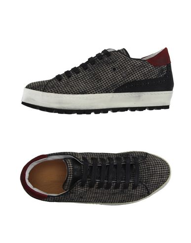 Foto THE WILLA Sneakers & Tennis shoes basse uomo