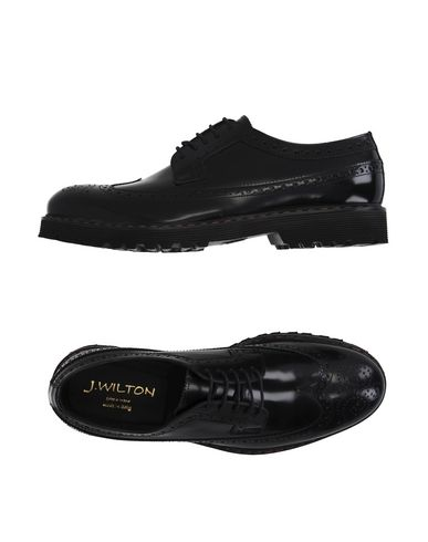 Обувь на шнурках от J.WILTON