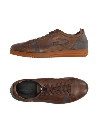 Foto GUARDIANI SPORT Sneakers & Tennis shoes basse uomo