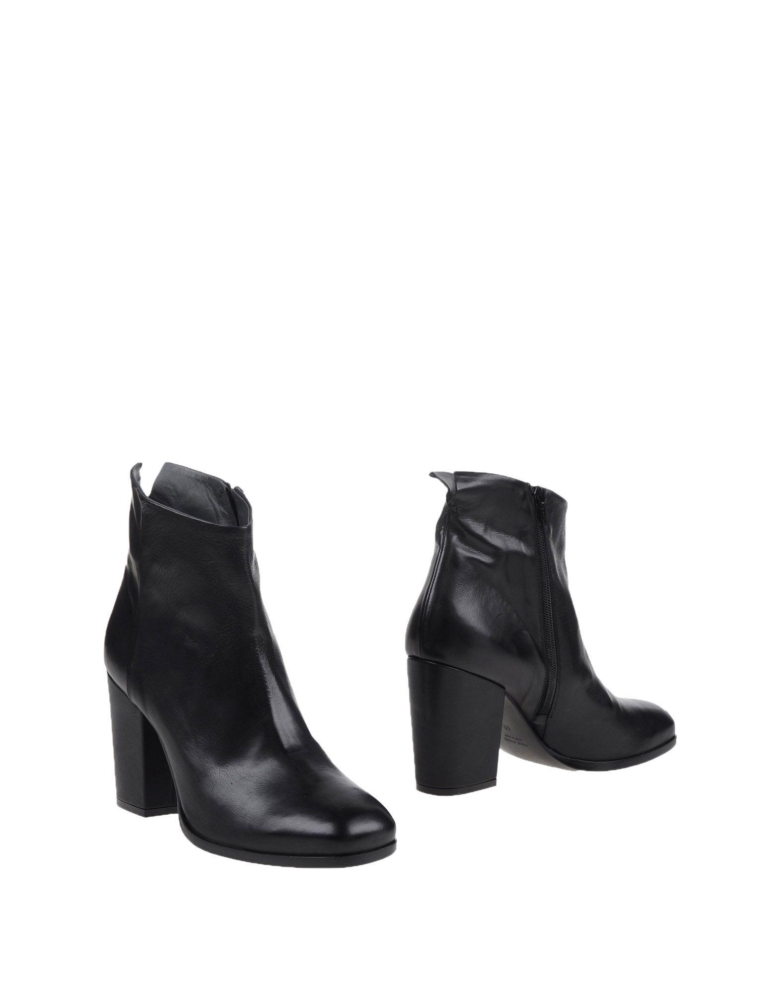 купить SHOE BAR Полусапоги и высокие ботинки дешево