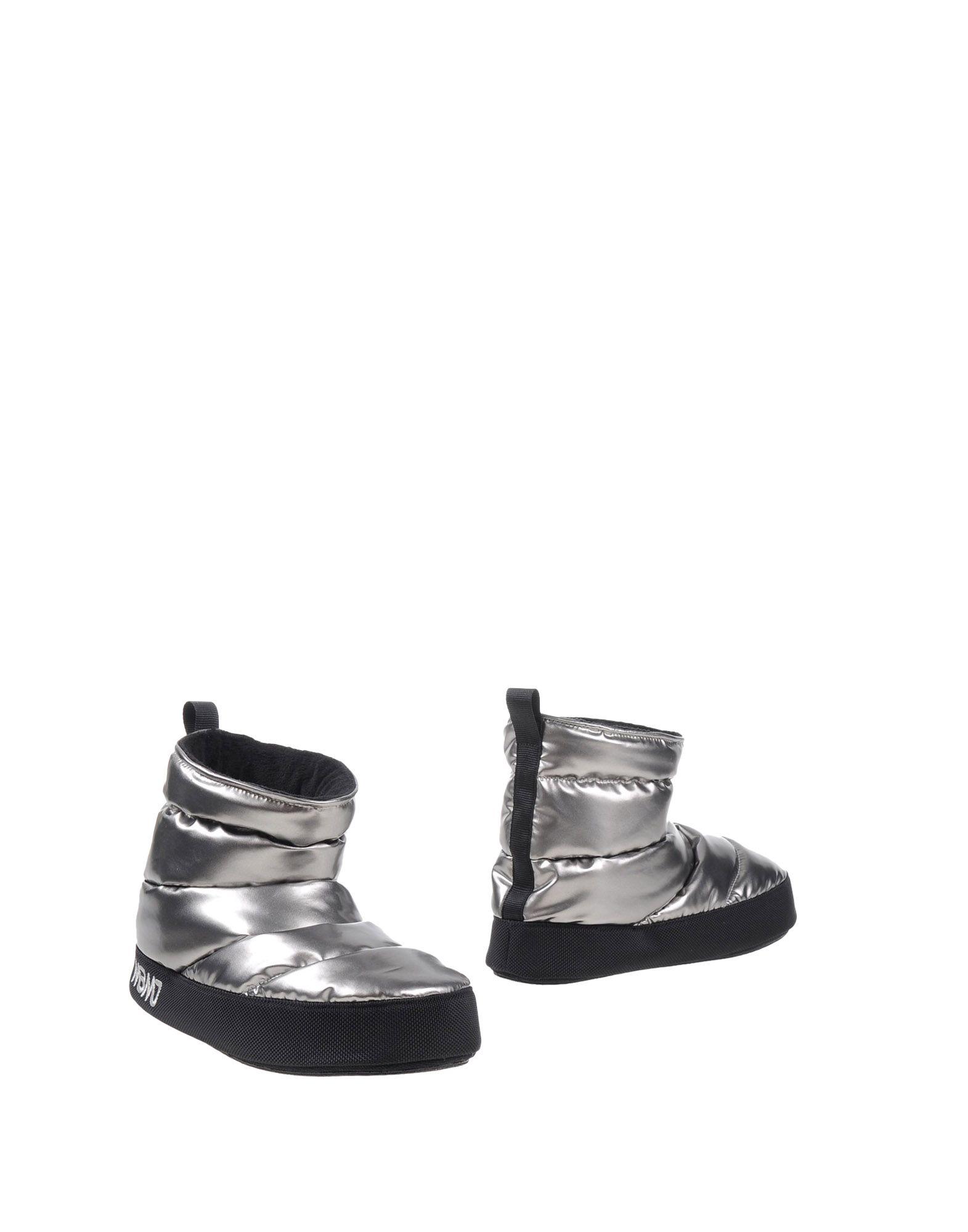 MARC BY MARC JACOBS Полусапоги и высокие ботинки marc by marc jacobs
