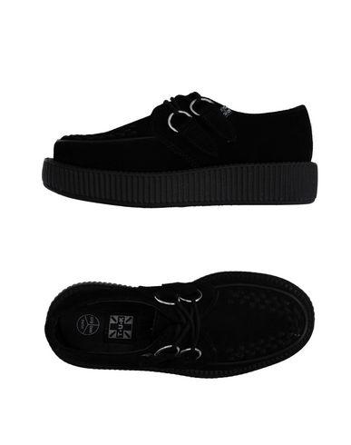 Фото - Обувь на шнурках от T.U.K черного цвета