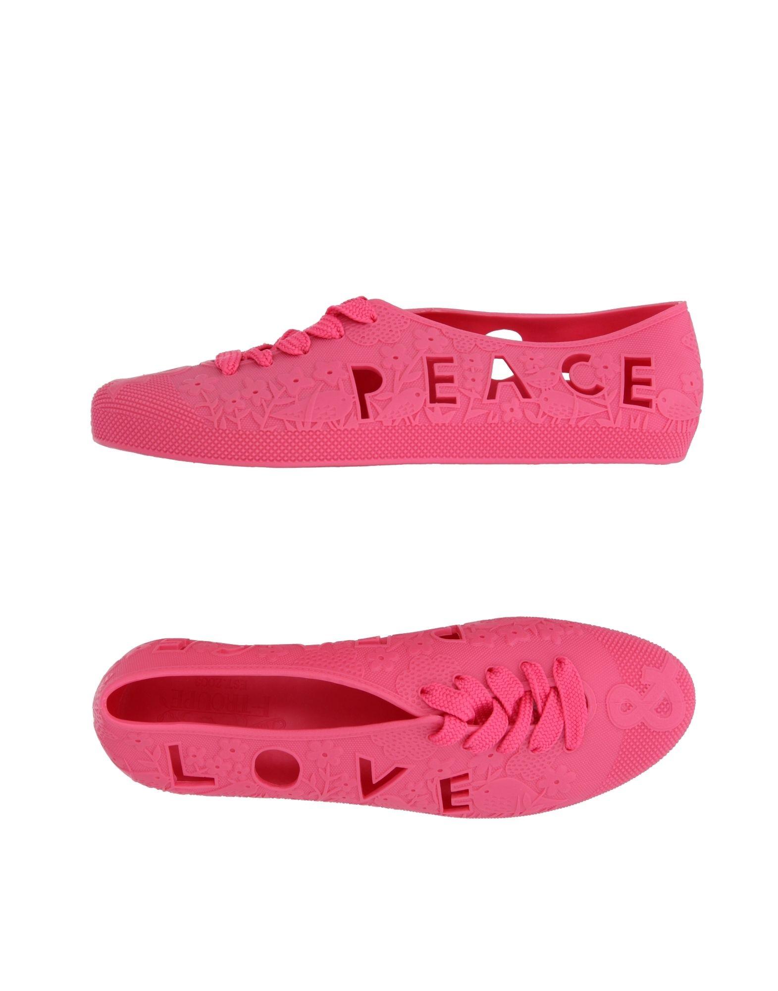 где купить F-TROUPE Низкие кеды и кроссовки по лучшей цене