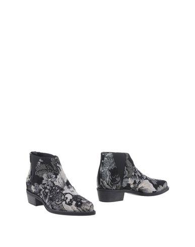 Полусапоги и высокие ботинки от PINKO GREY