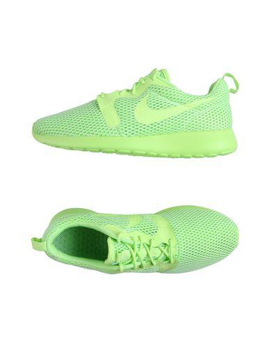 Imagen principal de producto de NIKE W NIKE ROSHE ONE HYP BR - CALZADO - Sneakers & Deportivas - Nike