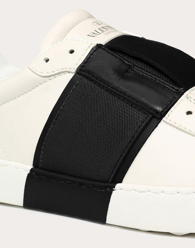 Sneaker con elástico