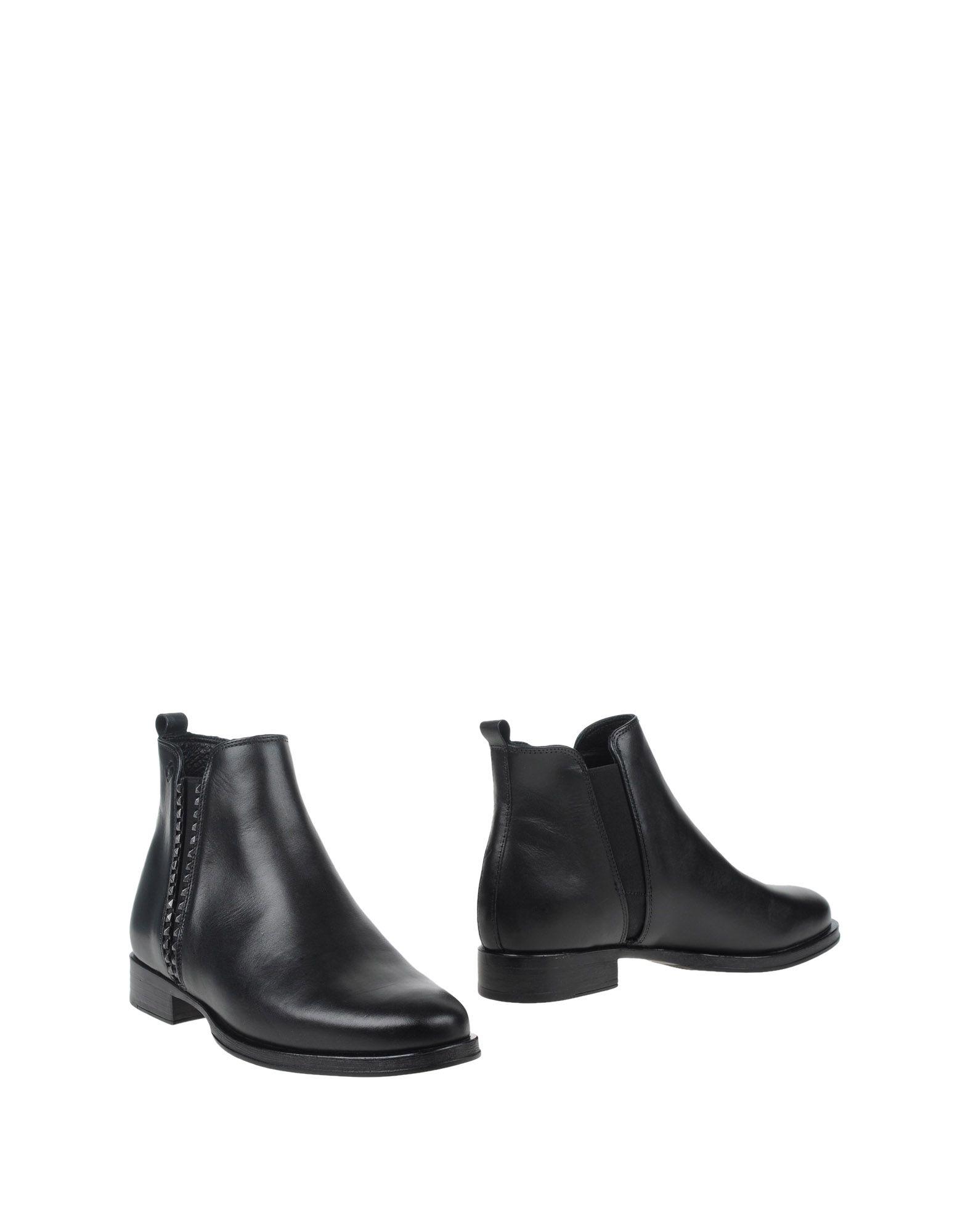 SAMSONITE Ankle Boot in Black
