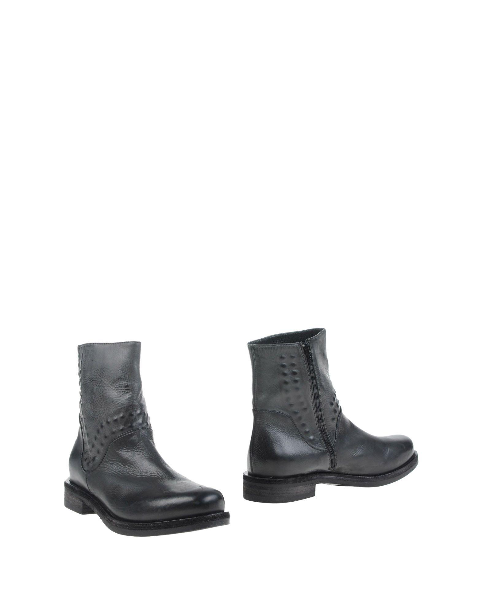 VIC Полусапоги и высокие ботинки vic полусапоги и высокие ботинки