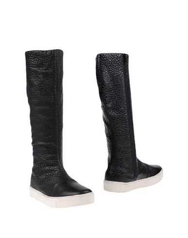 COLLECTION PRIVĒE? Bottes femme