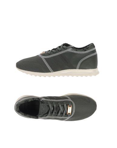 Низкие кеды и кроссовки ADIDAS ORIGINALS 11082278CA