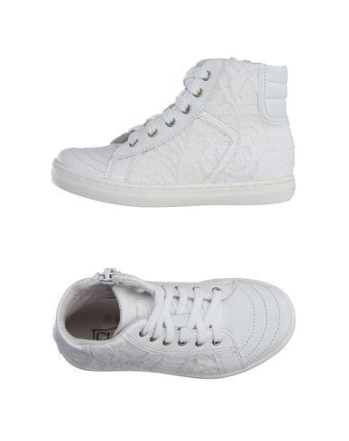 Высокие кеды и кроссовки от CULT