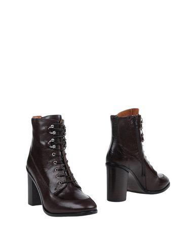 Полусапоги и высокие ботинки от 8