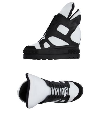 Foto CASADEI Sneakers & Tennis shoes alte donna