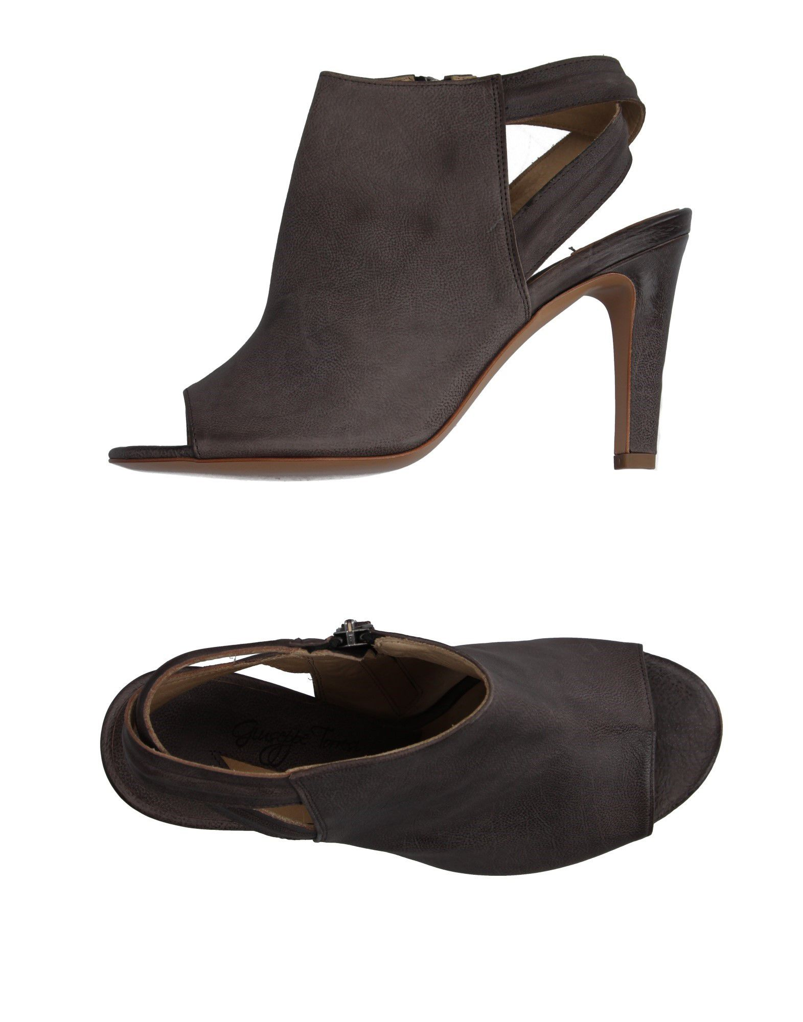 GIUSEPPE TORRESI Sandals in Grey