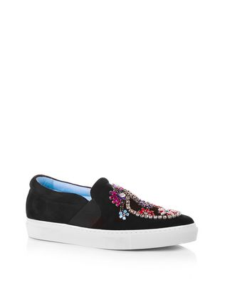 EMBROIDERED BLACK SLIP-ON SNEAKER