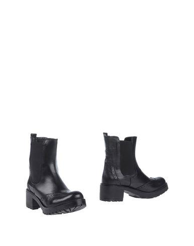 BRAWN'S Полусапоги и высокие ботинки  недорого