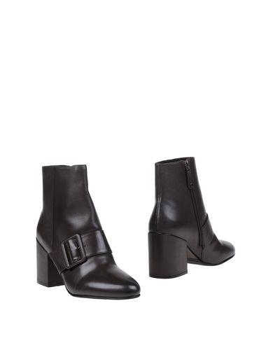 все цены на  ELVIO ZANON Полусапоги и высокие ботинки  в интернете