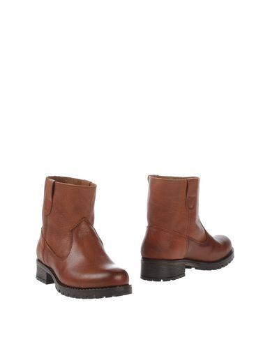 PIECES Полусапоги и высокие ботинки  недорого