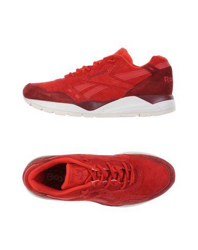 reebok-low-tops-sneakers