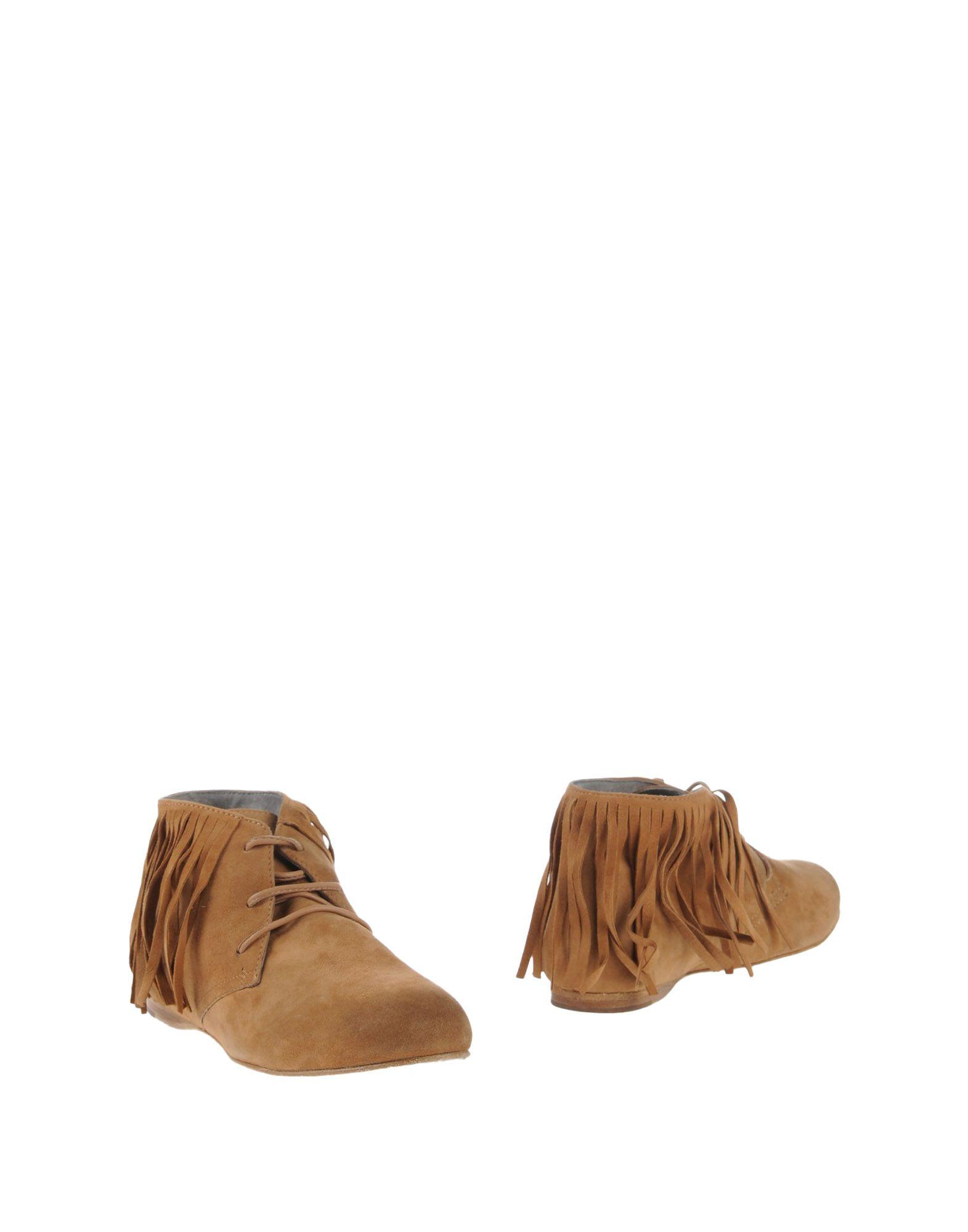 купить MR. WOLF Полусапоги и высокие ботинки дешево