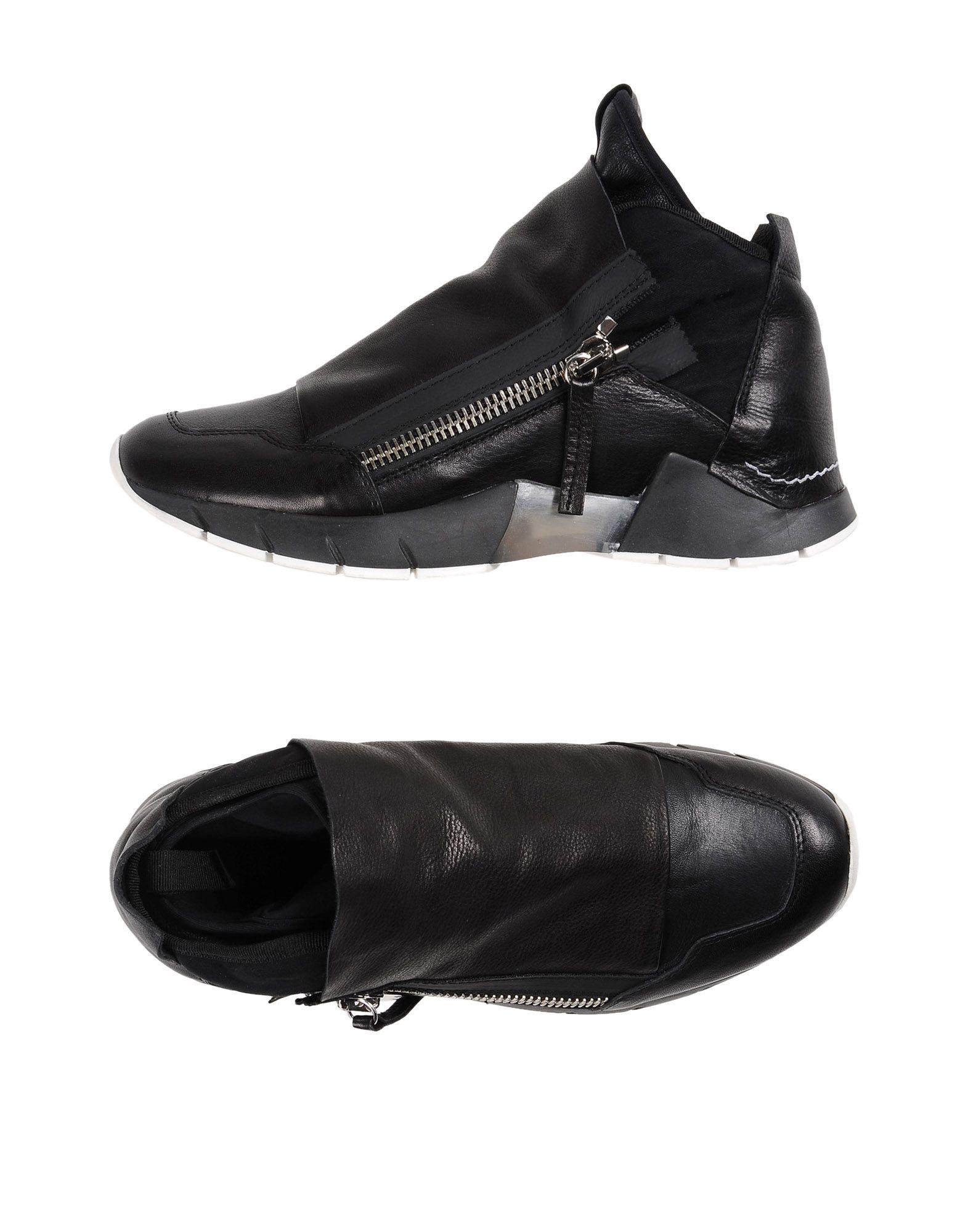 CA BY CINZIA ARAIA Sneakers in Black
