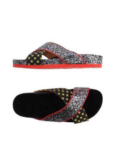 Домашние туфли от TATOOSH