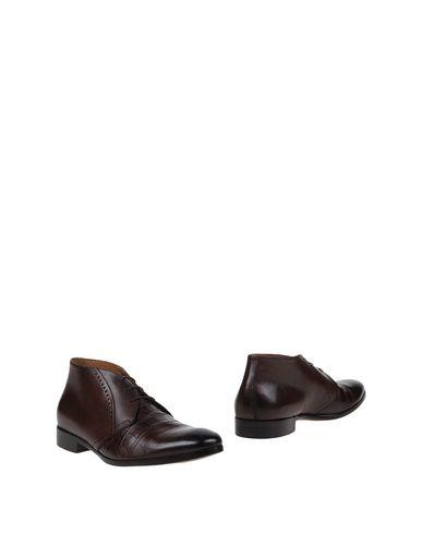 Полусапоги и высокие ботинки от LEONARDO PRINCIPI