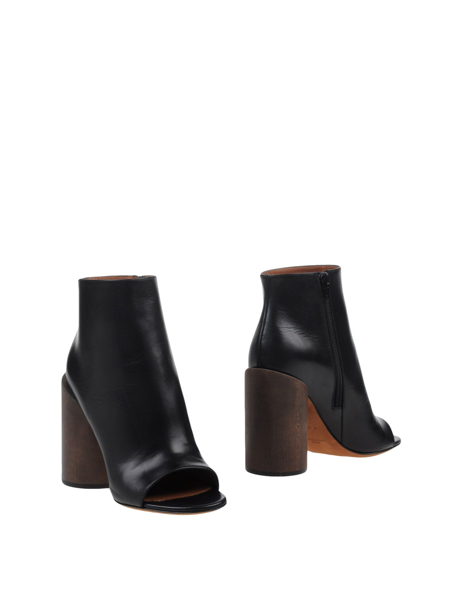 GIVENCHY Полусапоги и высокие ботинки цены онлайн