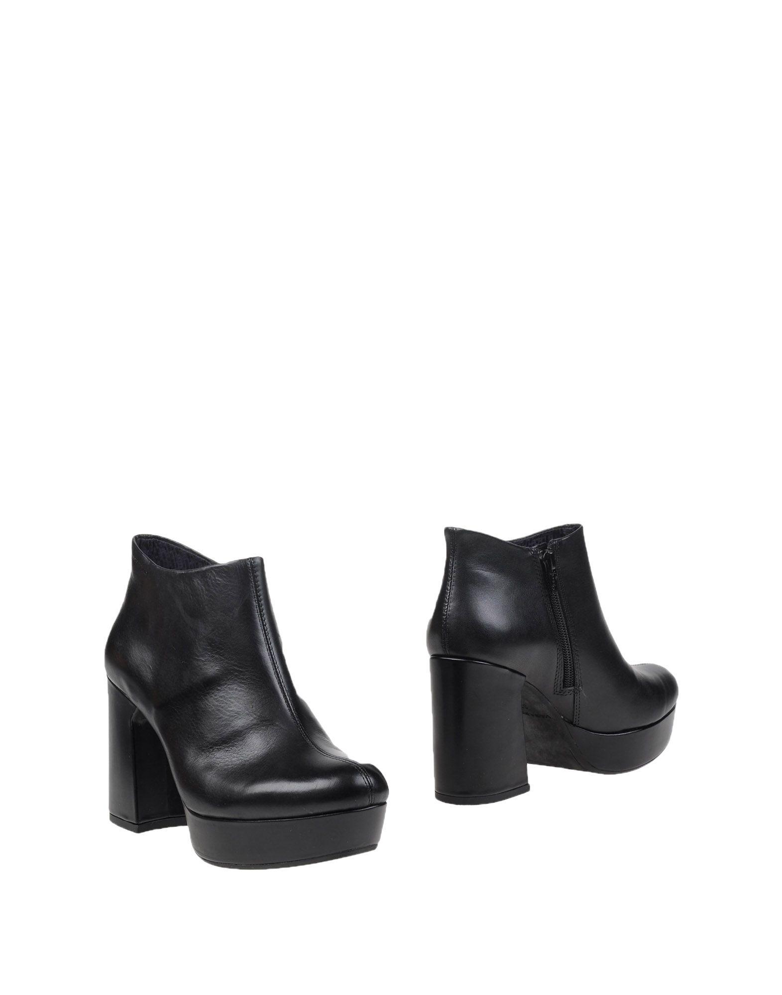 VAGABOND SHOEMAKERS Полусапоги и высокие ботинки vagabond shoemakers низкие кеды и кроссовки